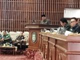 Delapan Fraksi DPRD Provinsi Setujui Dua Raperda Usulan Gubernur Dilanjutkan Pembahasannya